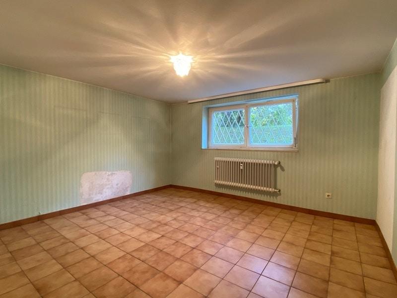 Renovierungsbedürftige 4 Zimmerwohnung mit viel Potential in attraktiver Lage von Ottobrunn - Hobbyraum UG