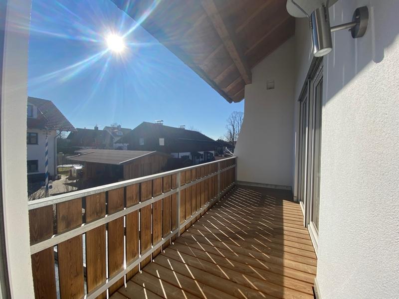 Großzügige, lichtdurchflutete 2 ZKB Wohnung mit Südbalkon in Siegertsbrunn - Balkon