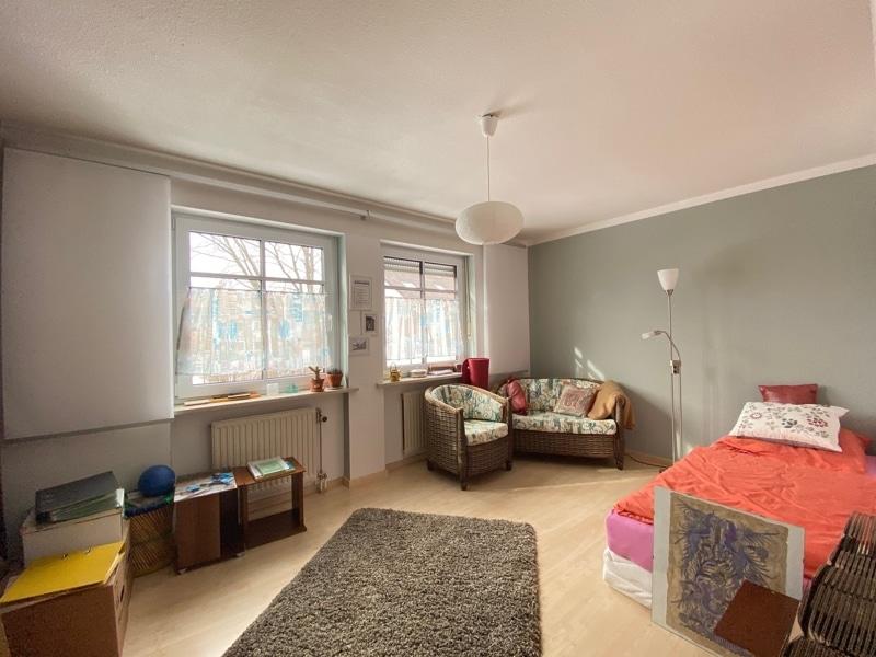 """Attraktive 3 ZKB Maisonettewohnung """"Haus in Haus"""" mit Westterrasse in zentraler Lage von Höhenkirchen - Kinderzimmer"""