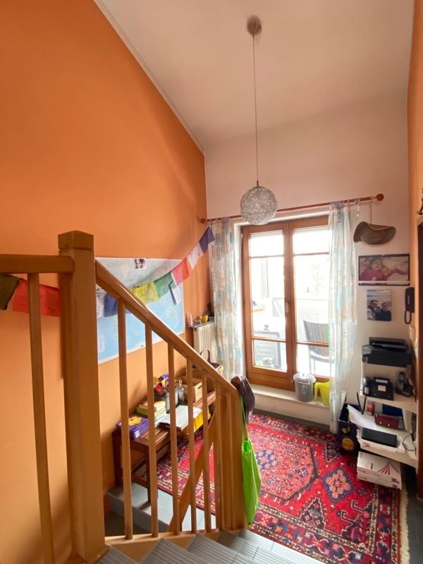 """Attraktive 3 ZKB Maisonettewohnung """"Haus in Haus"""" mit Westterrasse in zentraler Lage von Höhenkirchen - Treppenabgang_hoch"""