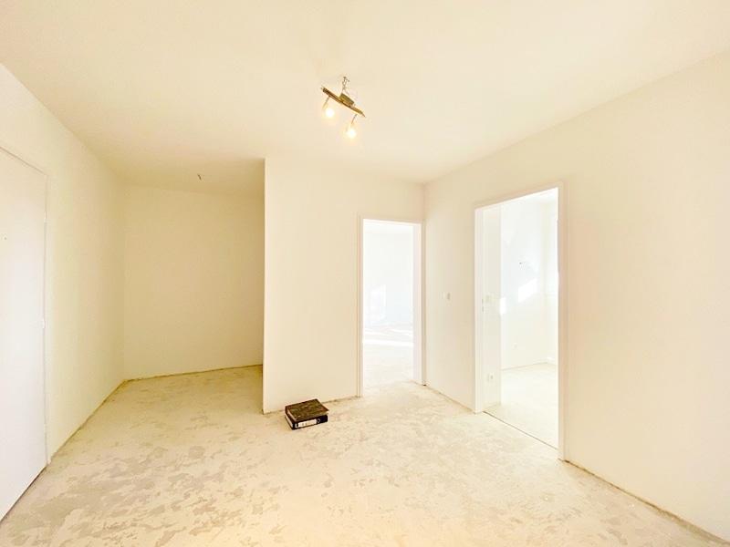 Lichtdurchflutete 2 Zimmerwohnung mit Südbalkon & attraktivem Grundriss in ruhiger Lage von Ottobrunn - Diele