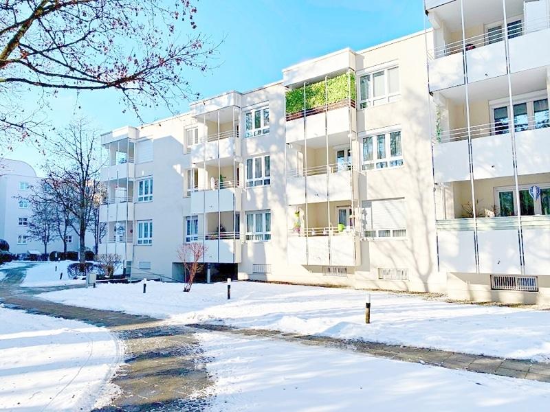 Lichtdurchflutete 2 Zimmerwohnung mit Südbalkon & attraktivem Grundriss in ruhiger Lage von Ottobrunn - Außenansicht_Süd