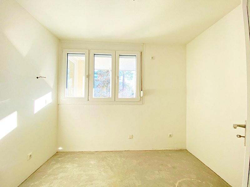 Lichtdurchflutete 2 Zimmerwohnung mit Südbalkon & attraktivem Grundriss in ruhiger Lage von Ottobrunn - Küche