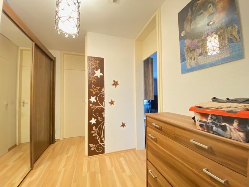Attraktive, gepflegte 1 Zimmerwohnung mit Balkon in ruhiger Waldrandlage von Ottobrunn - Eingangsdiele