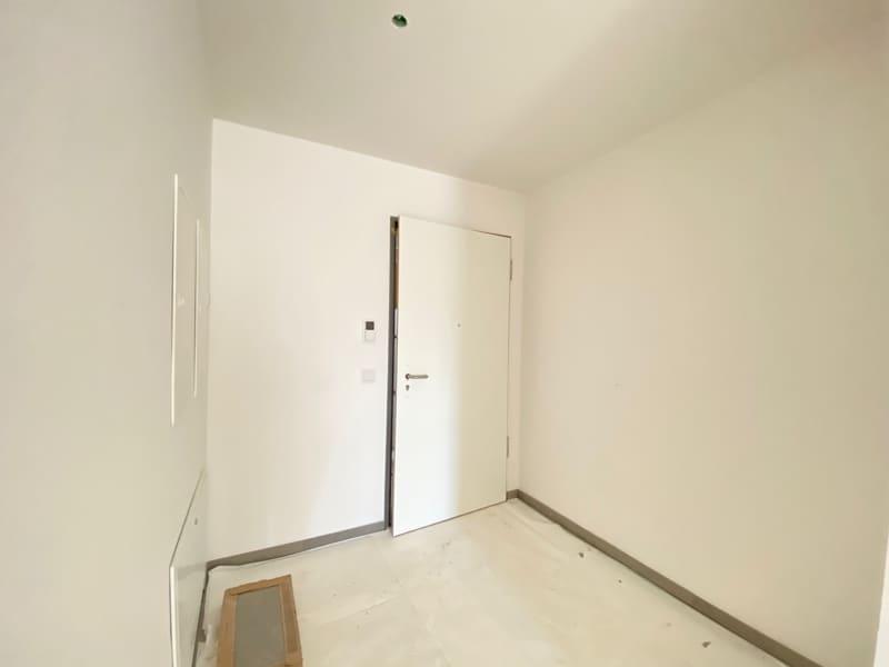 Erstbezug: Rückwärtig, lichtdurchflutete 3 Zimmerwohnung mit Südbalkon in der Ortsmitte von Höhenkirchen - Eingangsbereich