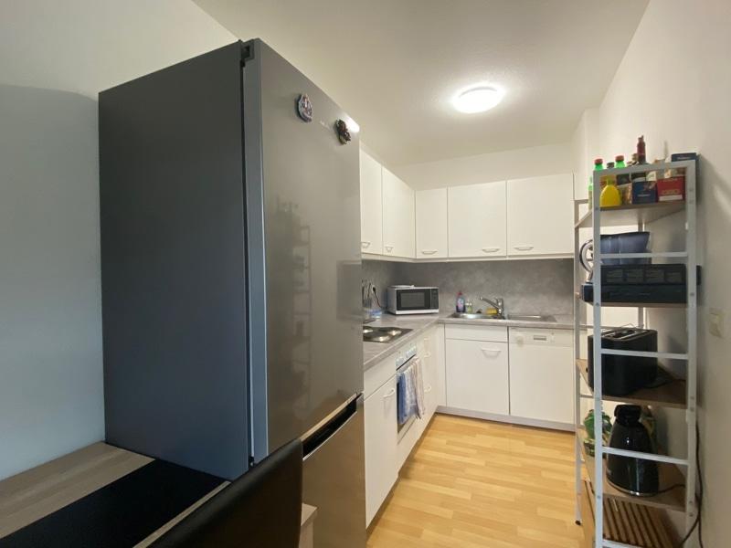 Helle 2 Zimmerwohnung mit großem Südbalkon in ruhiger Lage von Höhenkirchen - Küche