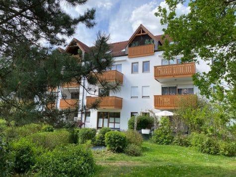 Helle 2 Zimmerwohnung mit großem Südbalkon in ruhiger Lage von Höhenkirchen, 85635 Höhenkirchen-Siegertsbrunn, Etagenwohnung