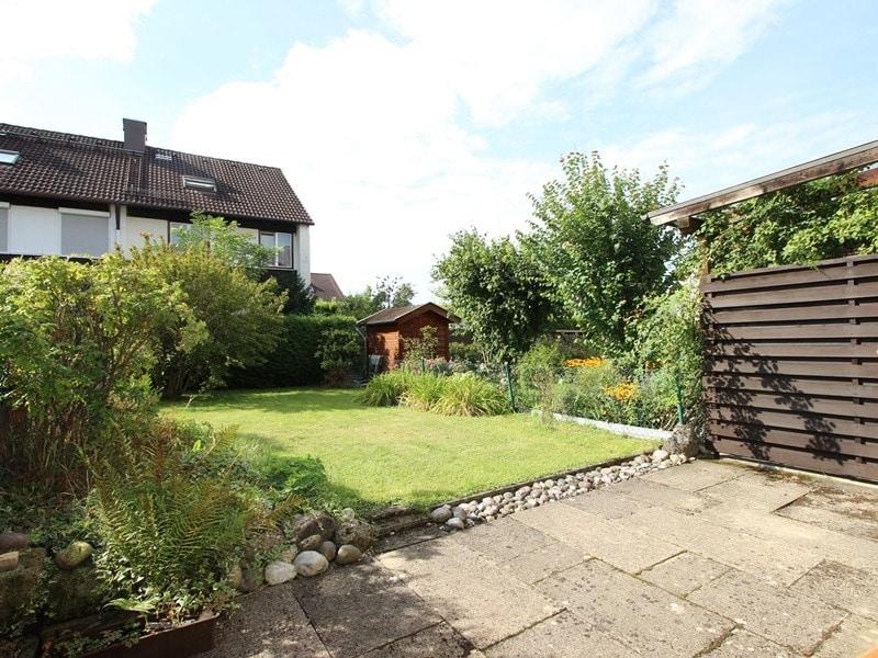 Günstig wohnen in einem kleinen, gepflegten RMH in ruhiger Lage von Ebersberg - Gartenansicht