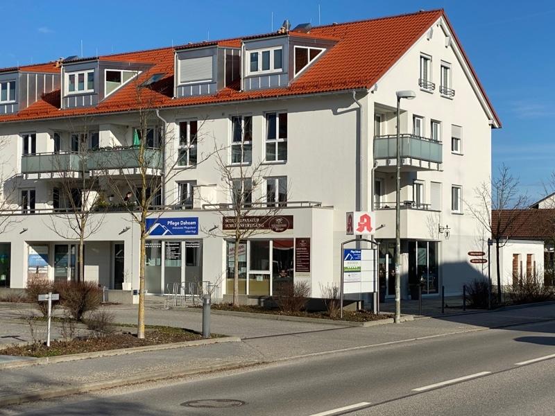 Attraktive, neuwertige 3 Zimmerwohnung mit Südbalkon und Einbauküche in Siegertsbrunn - Außenansicht